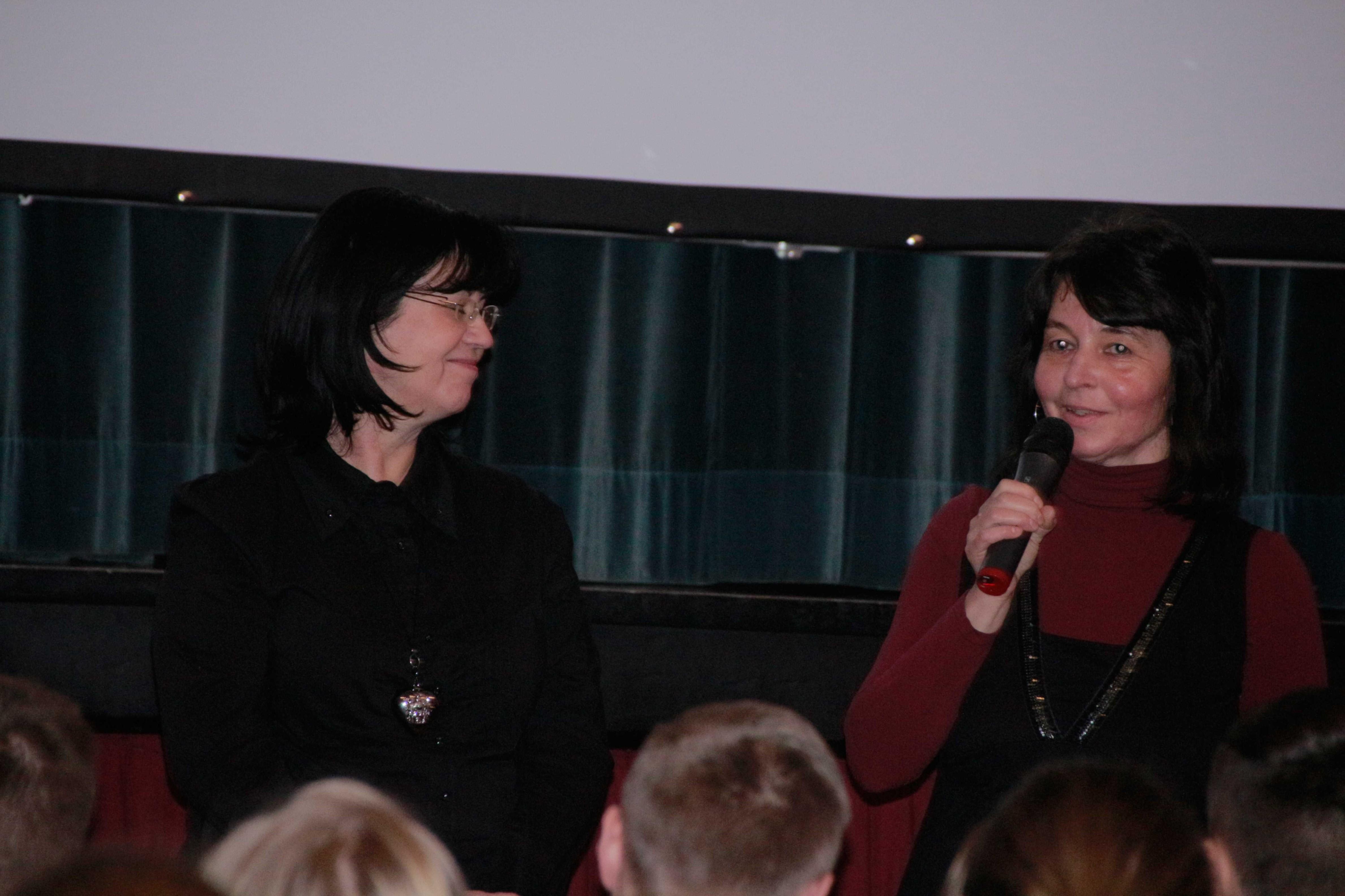 8 Birgit Kamenz mit Bürgermeisterin